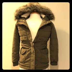 Old Navy Jackets & Coats - Old Navy fur hooded parka